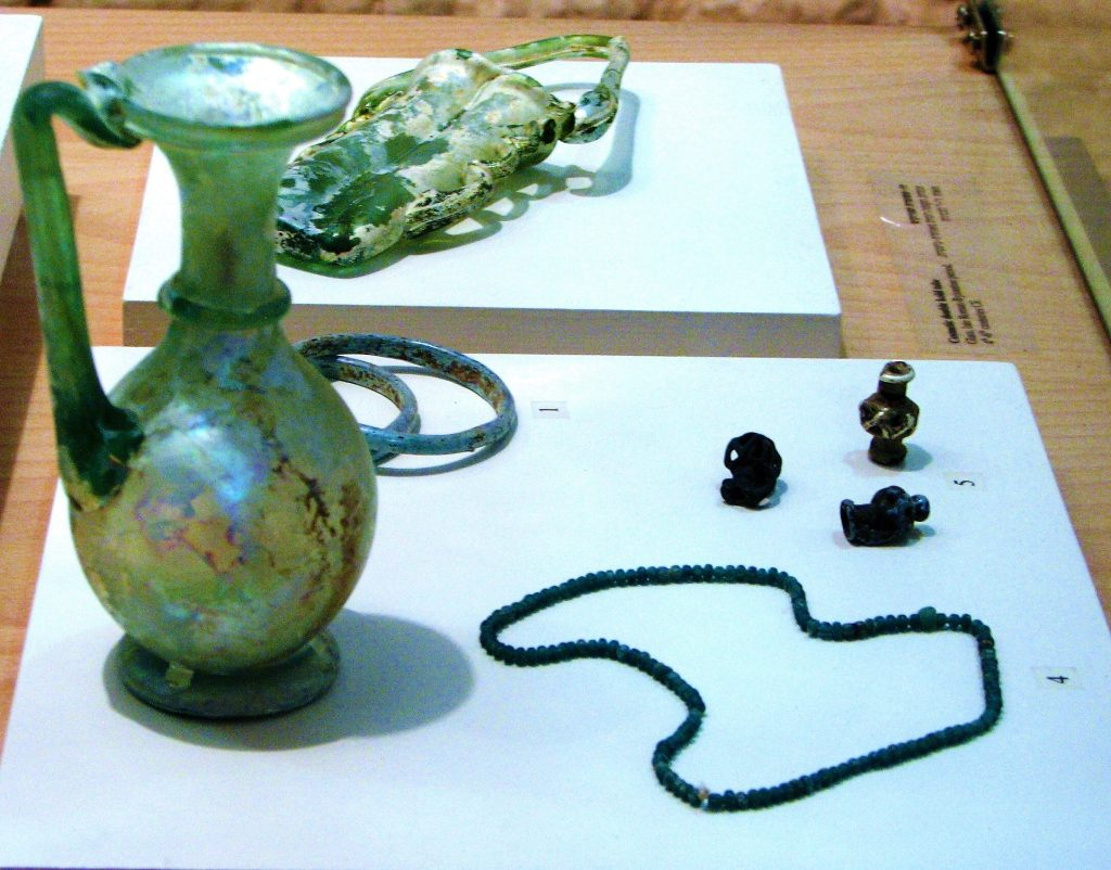 Glass-Production-in-the-Ancient-World-Items