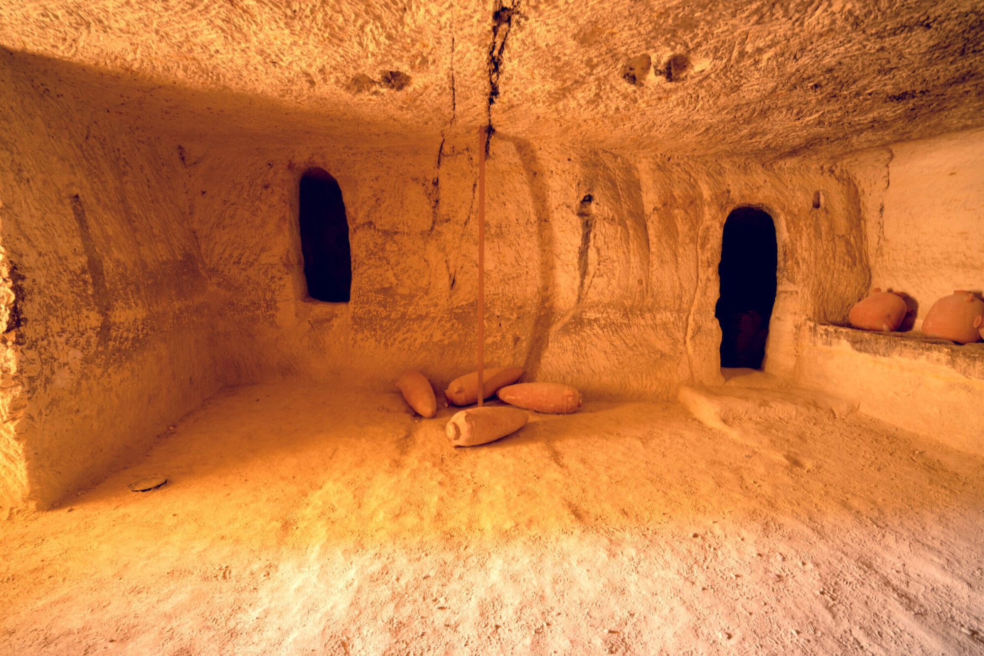 Israel Archaeological One Day Tours - Tombs Avdat