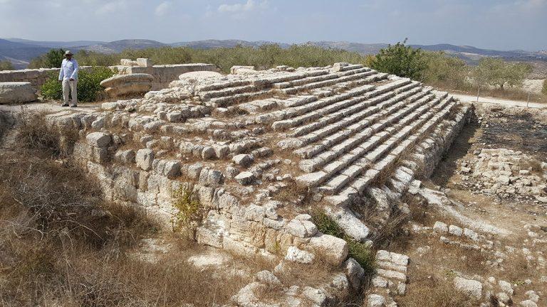 Samaria Day Tour - Roman Temple