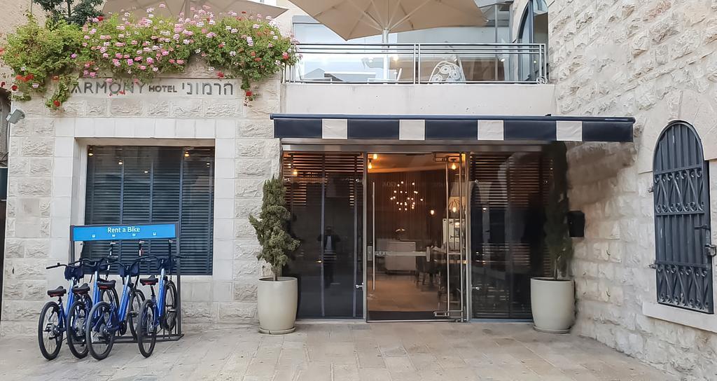 Best Ways to Travel Israel on a Budget - Harmony Hotel Jerusalem