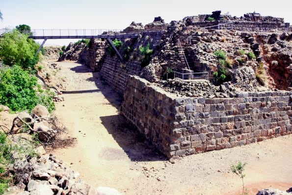 Galilee Day Tour - Belvoir Castle Moat