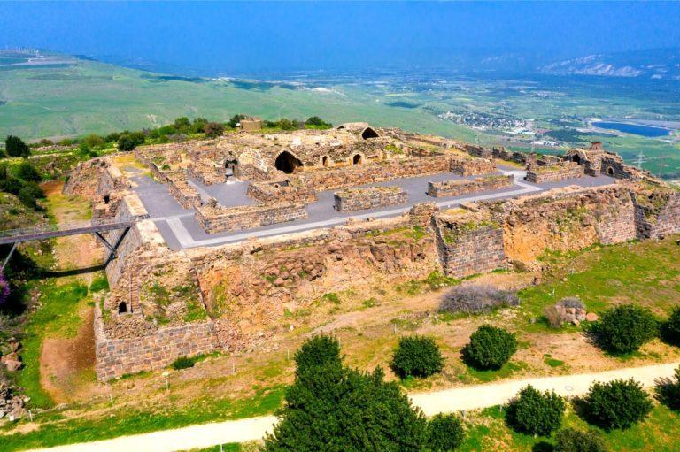 Galilee Day Tour - Belvoir Castle View