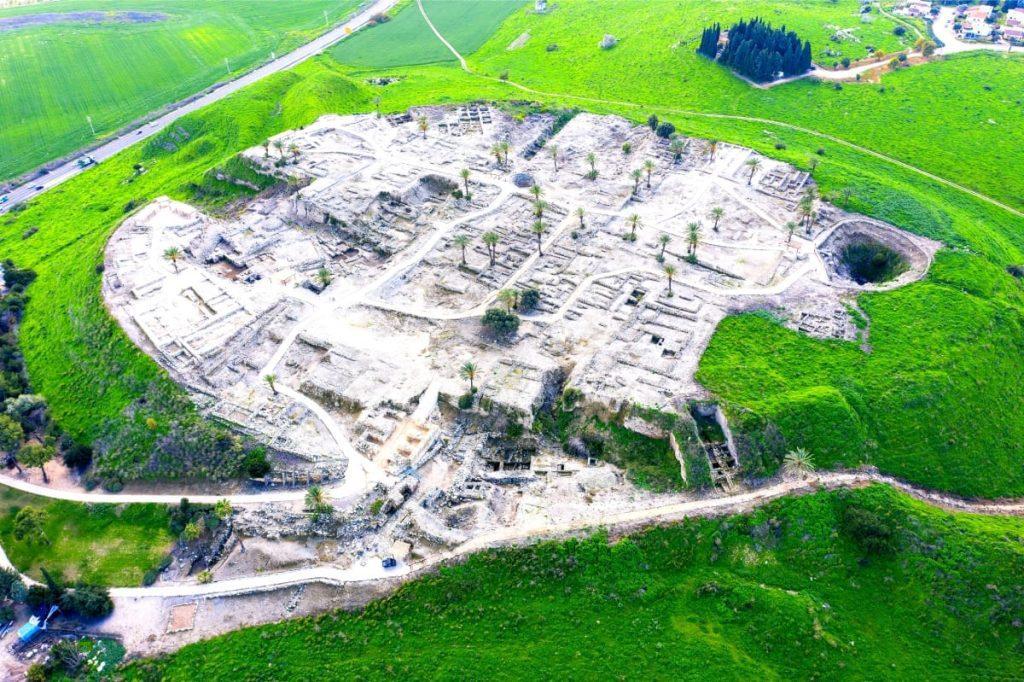 Jezreel-Valley-Bible-Tour-Megiddo-1