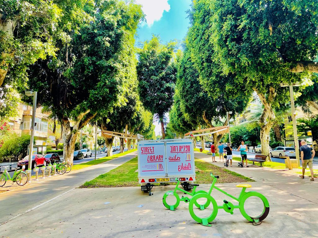 Best-Things-to-Do-in-Tel-Aviv-Rothschild-Boulevard-