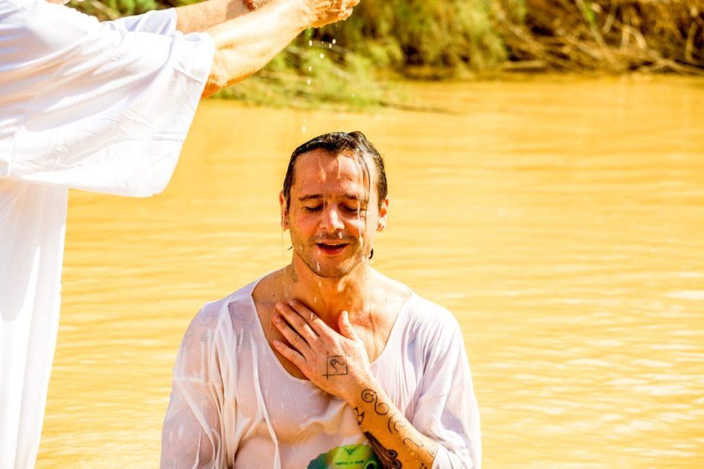 Christian-Catholic-Four-Day-Tour-Baptism
