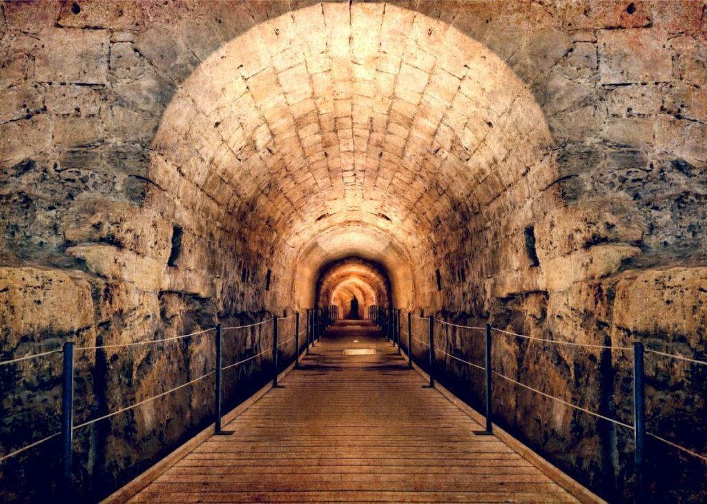 Christian-Catholic-Four-Day-Tour-The-Templar-Tunnel