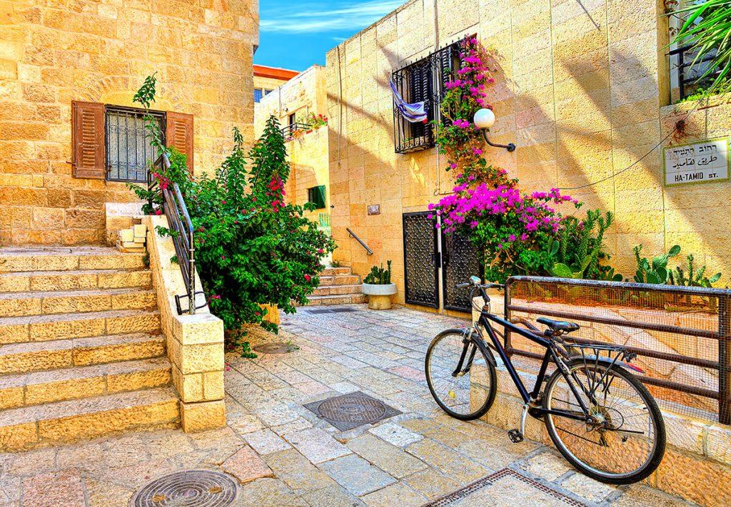 The-Jewish-Quarter-Street