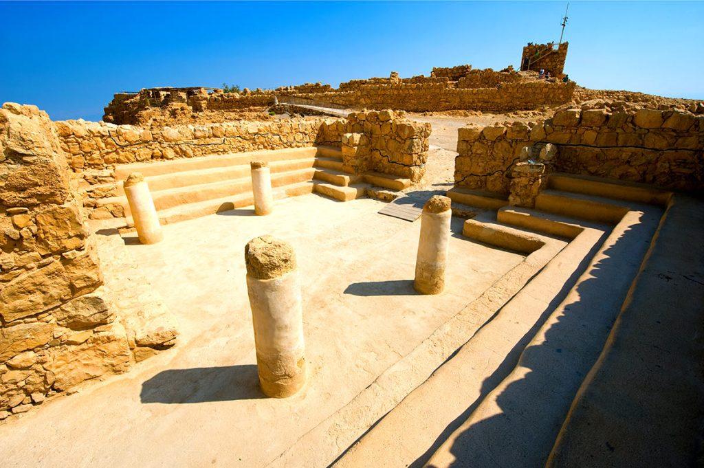 Siege-of-Masada-Synagogue